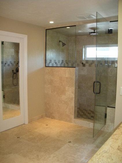 Traditional Bathroom by Steven W. Johnson Construction, Inc.