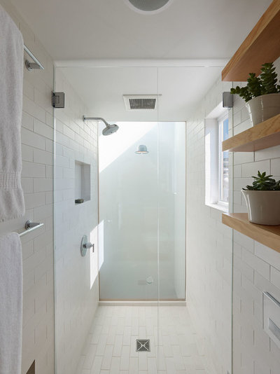 Modern Bathroom by Lee & Co Contractors