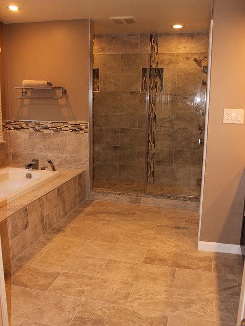Bathroom design ideas renovations photos with a hot tub for Hot bathrooms photos