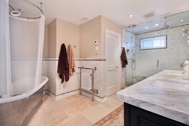 Beach Style Bathroom by James Glover Residential & Interior Design