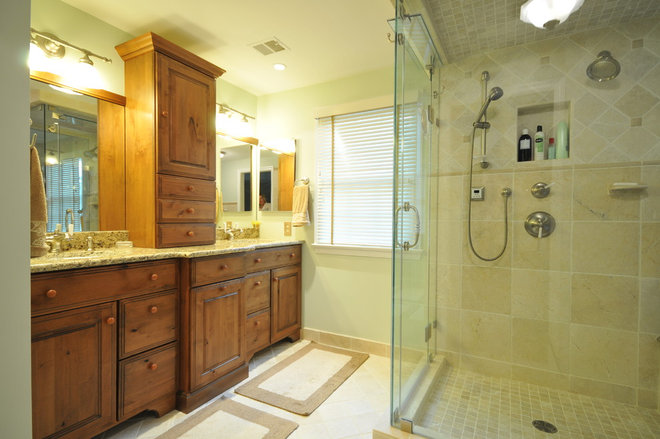 Traditional Bathroom by Julie Fifield