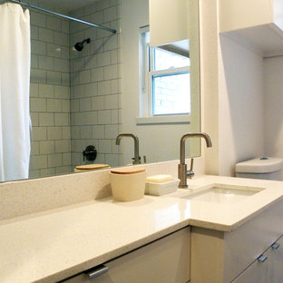 This is an example of a midcentury bathroom in Dallas.