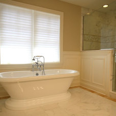 Beach Style Bathroom by Matthies Builders
