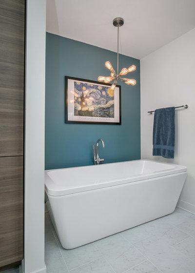 Midcentury Bathroom by CVI Design - Carly Visser