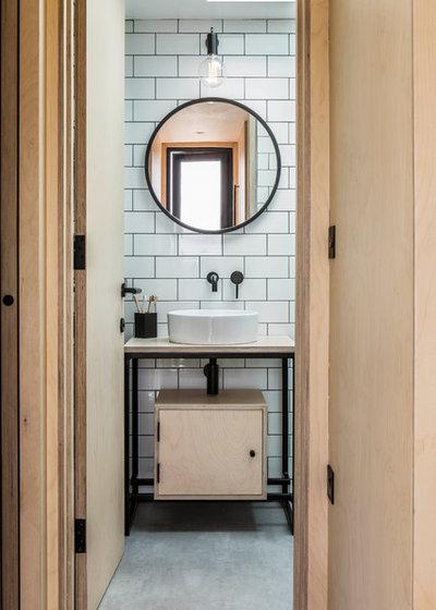 Scandinavian Bathroom by StuartBarr Construction Design Renovation