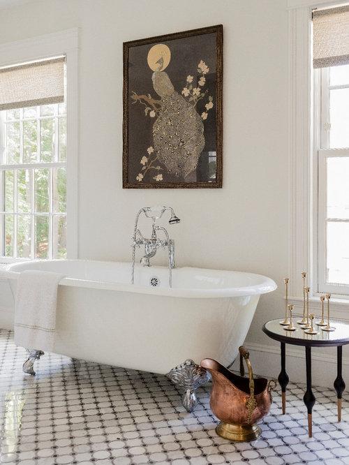 badezimmer mit schwarz wei en fliesen und marmorfliesen design ideen beispiele f r die. Black Bedroom Furniture Sets. Home Design Ideas