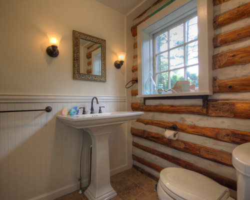 Small Rustic 3/4 Porcelain Floor And Beige Floor Alcove Shower Idea In  Philadelphia With