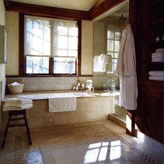 mediterranean bathroom by Elizabeth Dinkel