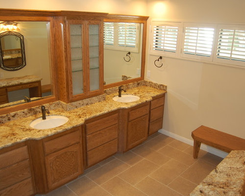 Medium size bathroom home design ideas pictures remodel for Bathroom ideas medium