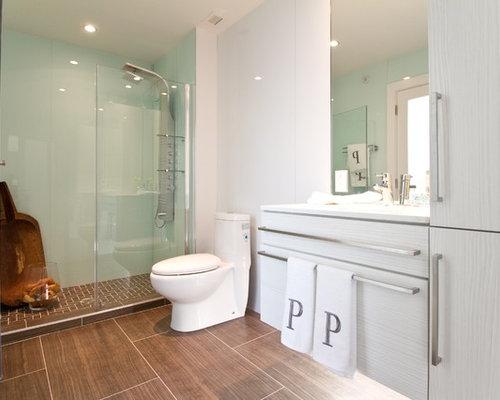 Gray tile flooring for bathroom