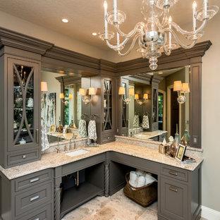 Idéer för stora vintage en-suite badrum, med skåp i shakerstil, bruna skåp, ett fristående badkar, en öppen dusch, beige väggar, kalkstensgolv, ett undermonterad handfat och granitbänkskiva