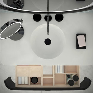 This is an example of a contemporary bathroom in Vancouver.