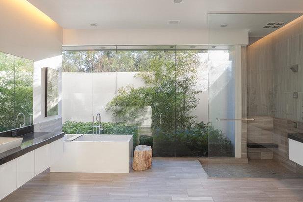 Modern Bathroom by Poet Interiors