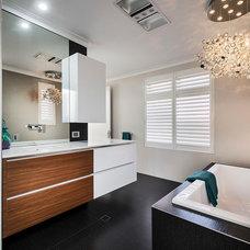 Contemporary Bathroom by Moda Interiors