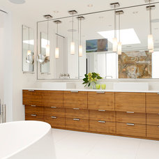 Contemporary Bathroom by Stuart Silk Architects | Limited PS