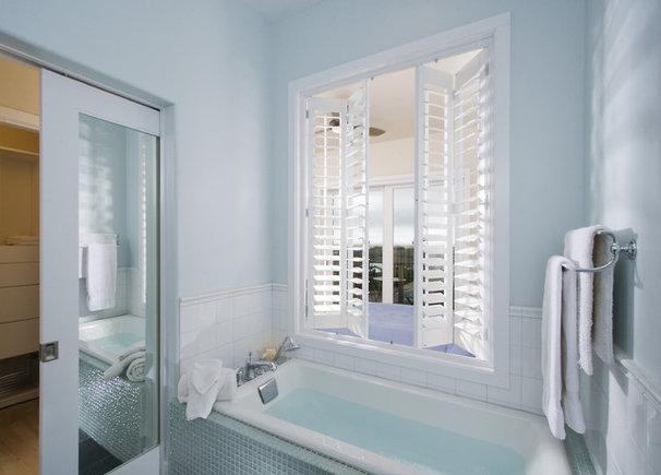 Beach Style Bathroom by Leonard Grant Architecture