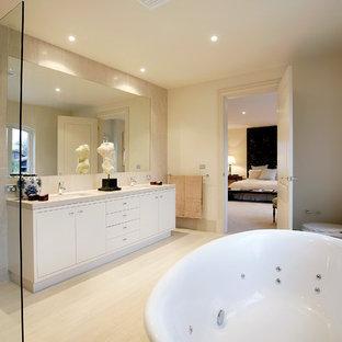 Moderne Badezimmer mit Whirlpool Ideen, Design & Bilder | Houzz