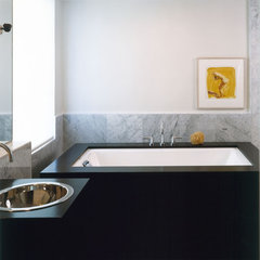 contemporary bathroom by Thom Filicia Inc.