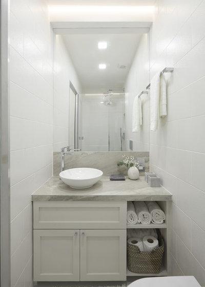 Clásico renovado Cuarto de baño by Black and Milk   Interior Design   London