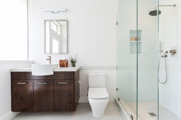 Midcentury Bathroom by Laura U, Inc.