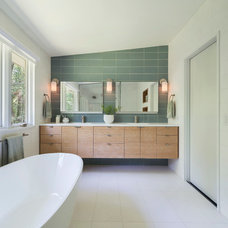 Midcentury Bathroom by Flavin Architects