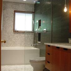 Midcentury Bathroom by Advantage Services Construction