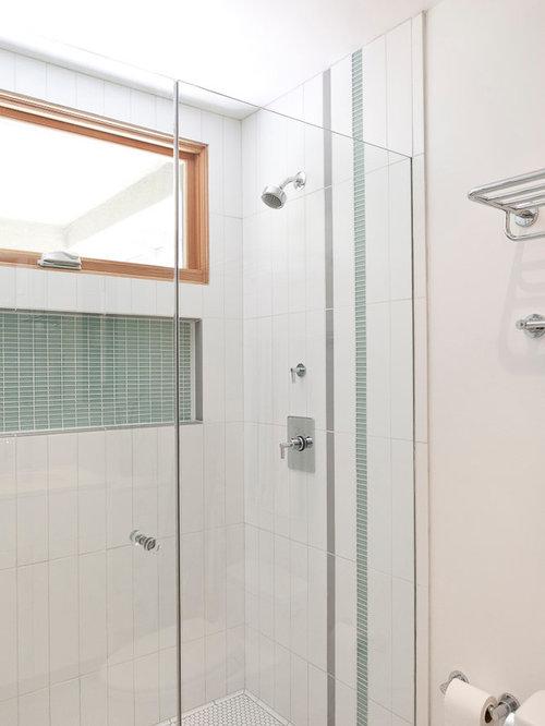 Salle d\'eau moderne avec un carrelage vert : Photos et idées déco de ...