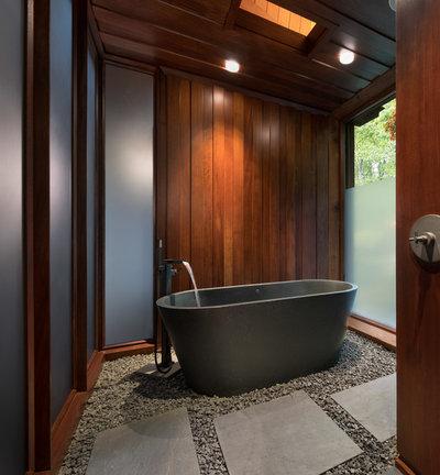 Midcentury Bathroom by Taconic Builders Inc