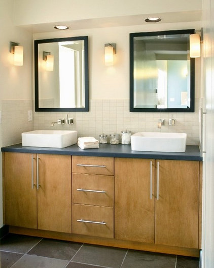 Modern Bathroom by Classic Homeworks