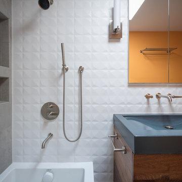 Mid Mod Guest Bath