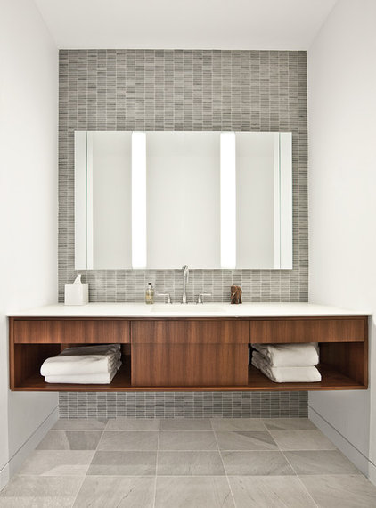 industrial bathroom by Vinci | Hamp Architects