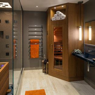 Immagine di una stanza da bagno contemporanea