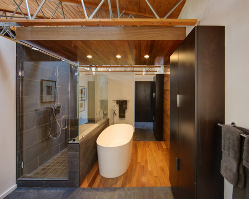 Inspiration For A Mid Sized Contemporary Master Medium Tone Wood Floor And  Brown Floor Bathroom