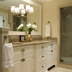 traditional bathroom by Duckham Architecture & Interiors