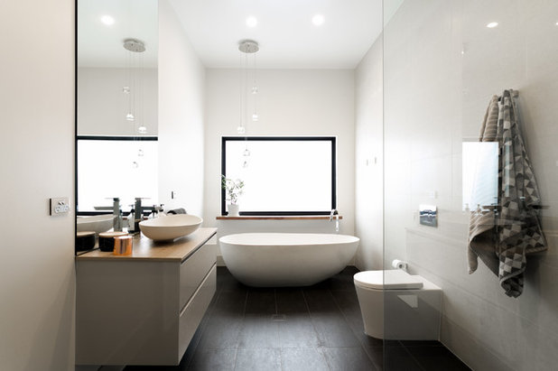 Contemporary Bathroom by Hills & City Construction