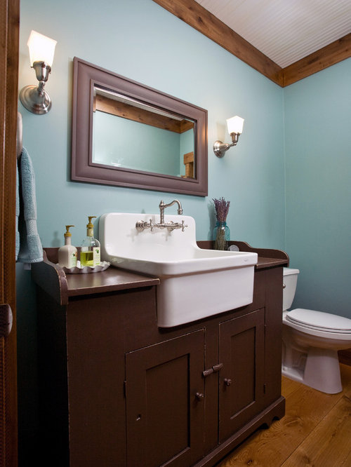 Cottage farmhouse home design ideas pictures remodel and - Mission style bathroom accessories ...