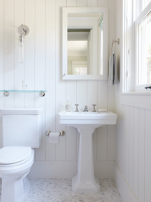 Colonial bathroom ideas pictures remodel and decor for Colonial bathroom ideas