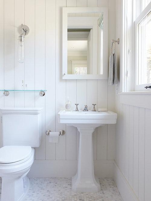 Colonial Bathroom | Houzz