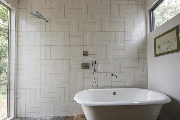 so wirken wei e badfliesen modern. Black Bedroom Furniture Sets. Home Design Ideas