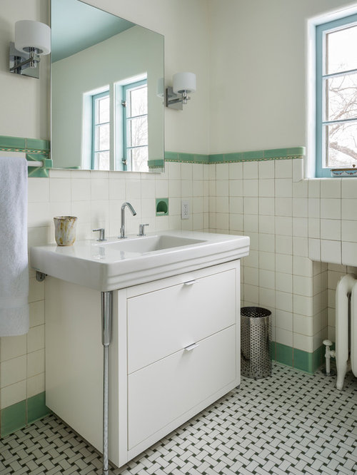 Small Bathroom Layout With Corner Tub : Small bathroom design ideas remodels photos with a