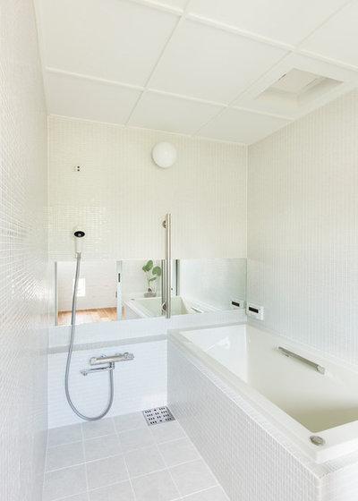 コンテンポラリー 浴室 by 建築設計事務所 可児公一植美雪