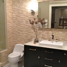 Modern Bathroom by Mauricio Nava Design