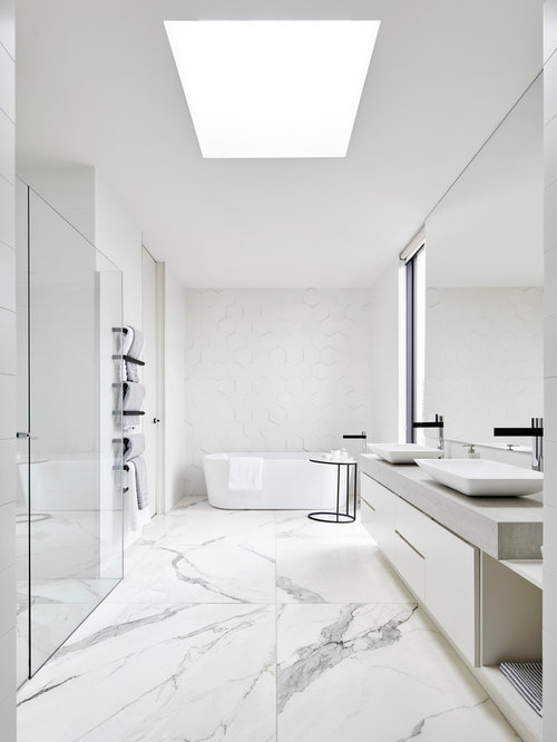 Inspiration For A Mid Sized Modern Master Marble Floor Bathroom Remodel In  Melbourne With Flat