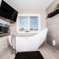 Contemporary Bathroom by DRT Custom Homes & Renovations Inc.
