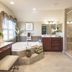 traditional bathroom by Susie Soleimani Photography