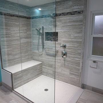 Modern Bath in Grays