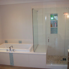 modern bathroom by Spigelmyer Plumbing Inc.