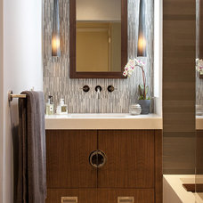 Modern Bathroom by Artistic Designs for Living, Tineke Triggs