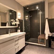 Modern Bathroom by Avalon Interiors
