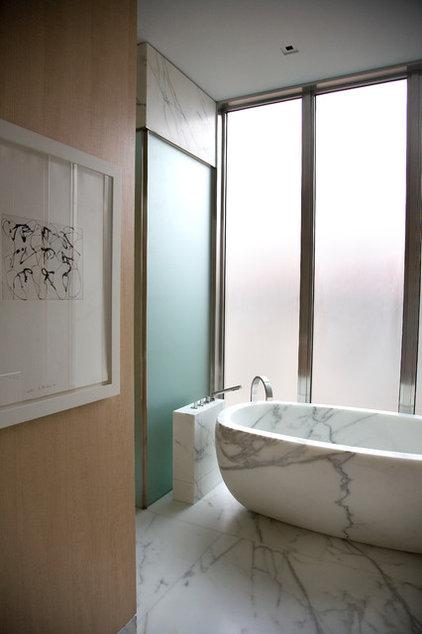 Modern Bathroom by Butler Armsden Architects